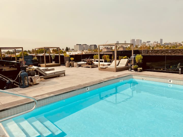 LUXURY 3BD IN BEVERLY HILLS WITH OPEN ROOFTOP POOL