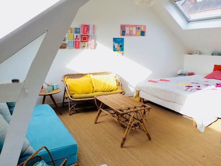 Quiet bedroom with garden view !
