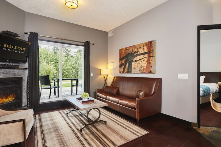 1-br suite near downtown Canmore | No service fee
