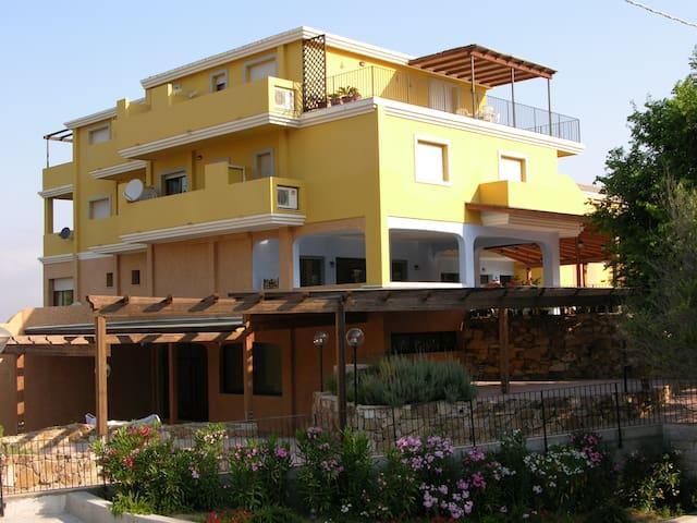 Ampio Bilocale in San Pasquale - Tempio Pausania - Apartment