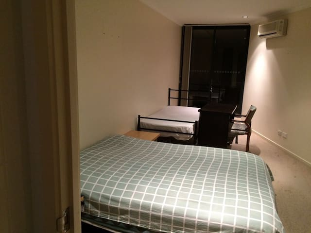 Canberra City Apartment