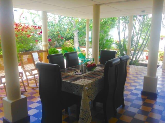 El Patio de Pilares - Barranquilla - Casa
