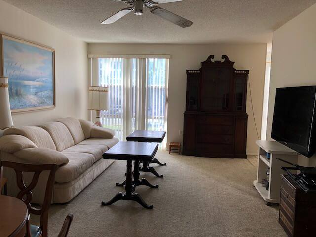 GREAT PRICE AND GREAT LOCATION IN MIAMI BEACH!