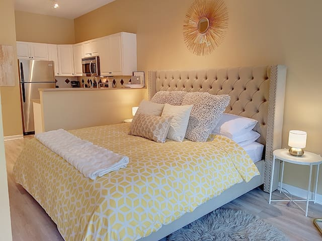 Super comfortable King bed!