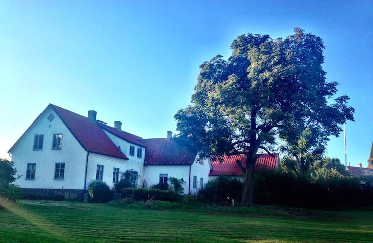 Beautiful limestonehouse at Gotland. - Slite - Casa