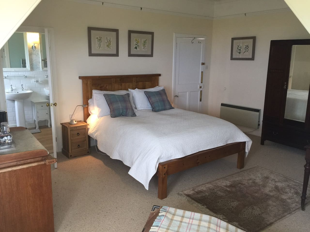 Dunlossit B At Machrihanish Double Room 1 Gigha Houses For In Scotland United Kingdom