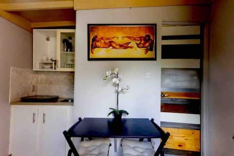 Mae Villa studio apt