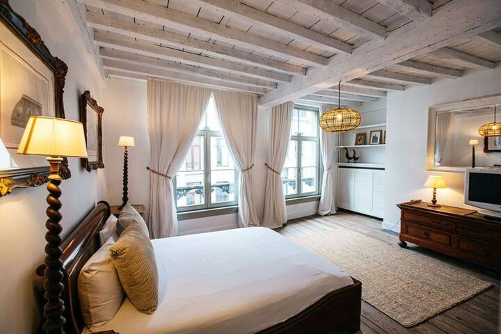 Mooie woning met 4 kamers in hart van Antwerpen