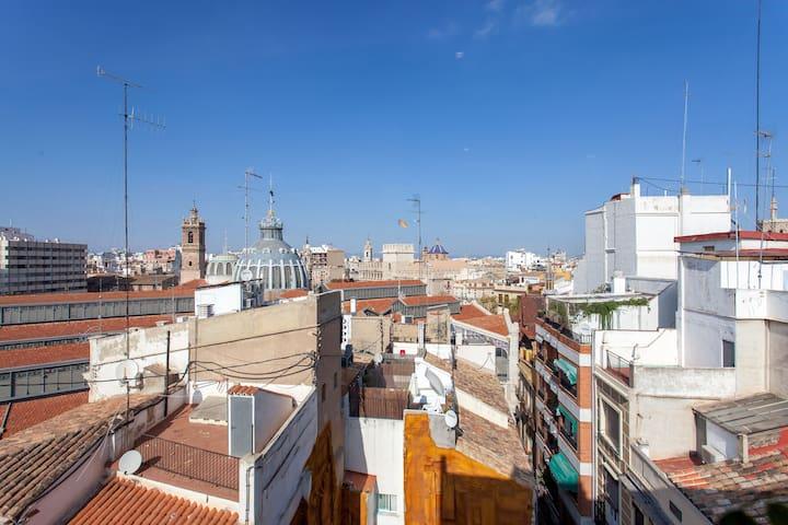 Habitación con encanto mismo centro de valencia - València - Appartement