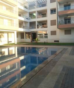 Bel appartement meublé à 50m de la plage