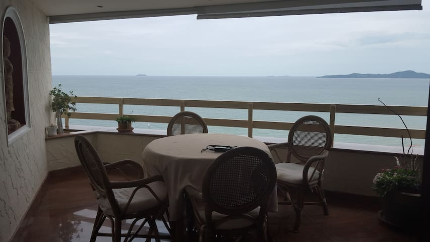无敌海景房,看日落最美的地方 Invincible sea view 100square metre - Pattaya - House