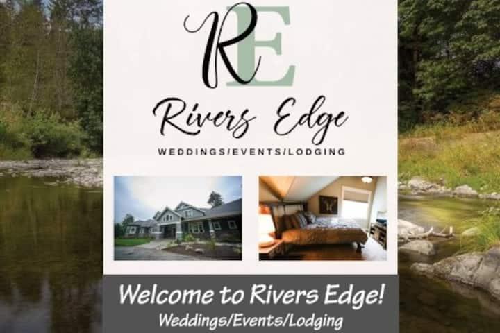 Rivers Edge --King Suite   Riverside retreat!