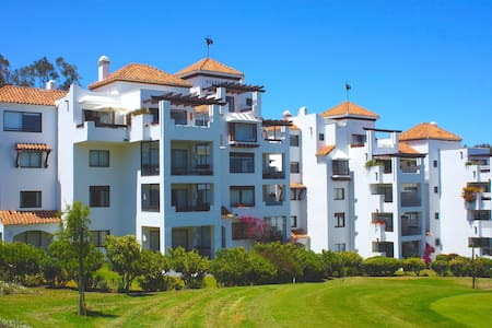 Marbella Country Club, Puchuncaví.