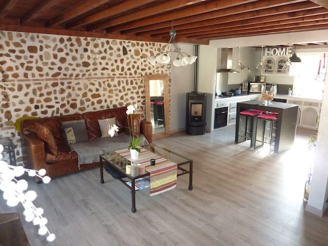 VILLA POUR VACANCES AU SOLEIL - Ponteilla - Wohnung