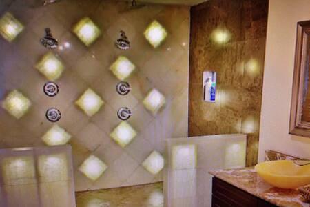 Luxury Modern Mansion - Roma - Casa