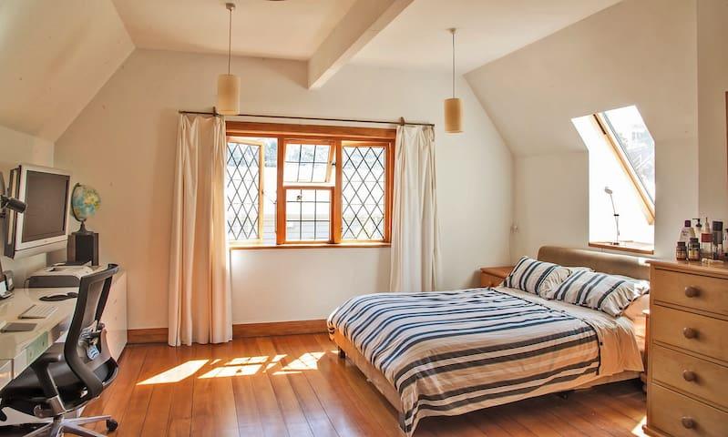 Owners extensive Master queen bedroom