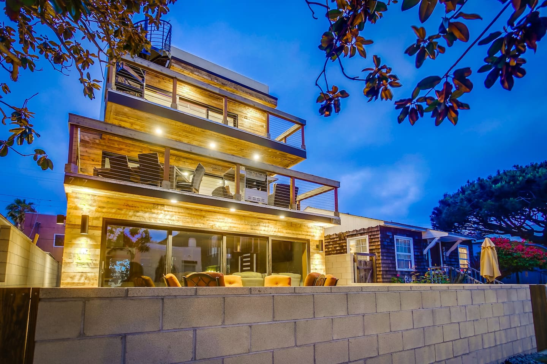 Modern Beach house near Belmont Park.