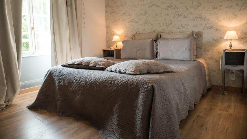 "chambre ""Amaryllis"" Au Jardin d'Eloïse"