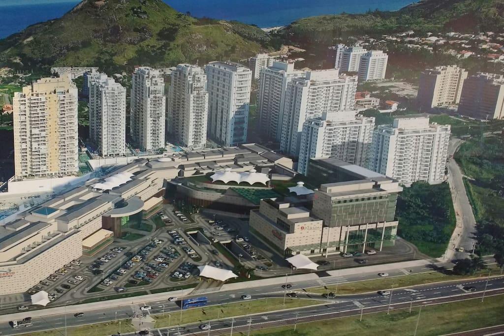 Vista do shopping Recreio e condominio Barra Bonita