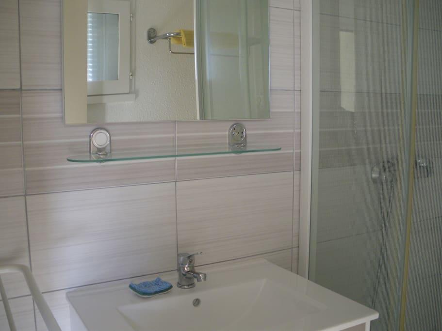 salle de douche B2