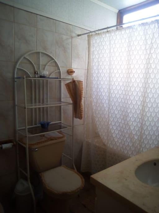 Baño privado de dormitorio matrimonial