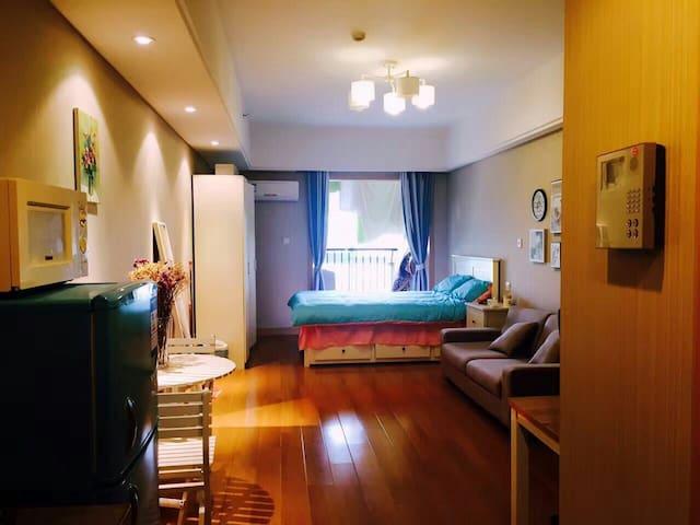 江南大学星光广场酒店式公寓给你个旅途中的家 总有你喜欢的风格哦 欢迎你回家