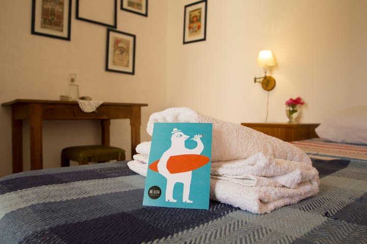 Hab. privada con baño privado en Negrita Hostel - La Barra - Hostel