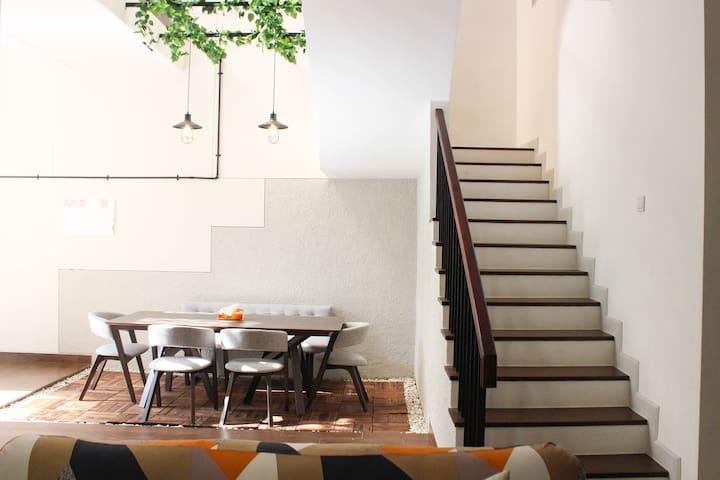 Jimmy's Homestay: Luxury Villa Royal Bay Sunrise