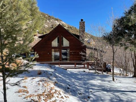 Pet & Family Friendly Mt Lemmon cabin getaway