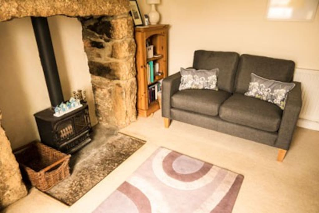 Pendra Cottage - The Cosy Lounge !