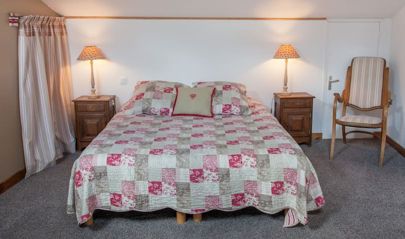 La Clef des Champs chambre familiale - Saint-Mard - Bed & Breakfast