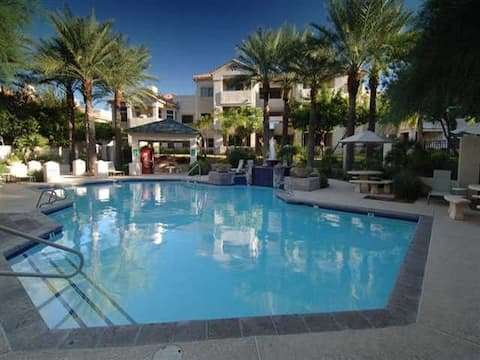 Beautiful Ahwatukee, Phoenix Condo