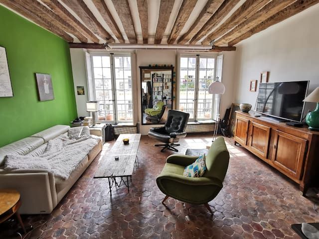 Charm and tranquility in the heart of the Marais