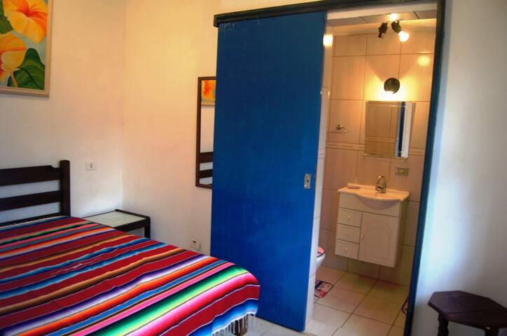Suite I + Banheiro