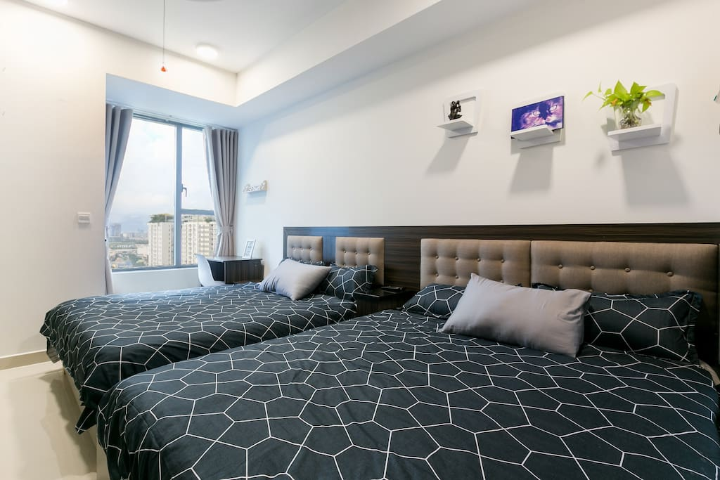 2 queen beds. Maximize comforts for families or couple of friends