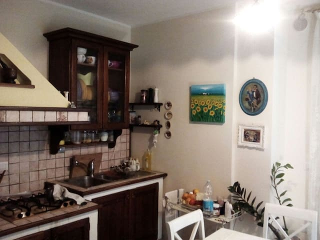 Grazioso appartamento in Foligno - Foligno - Apartment