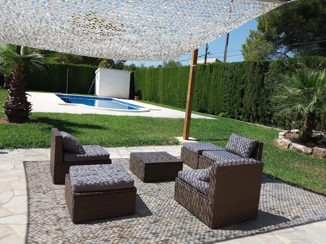 Villa Anba , groundfloor Studio ,2 pers ,beach 4km