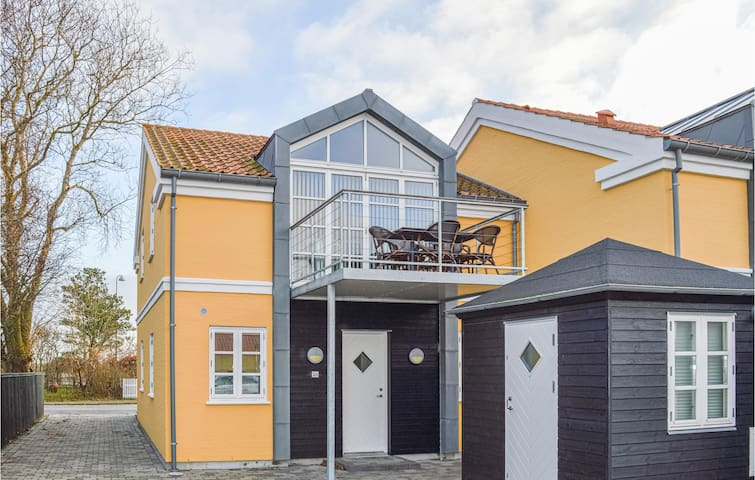 Terraced house with 3 bedrooms on 114m² in Skagen
