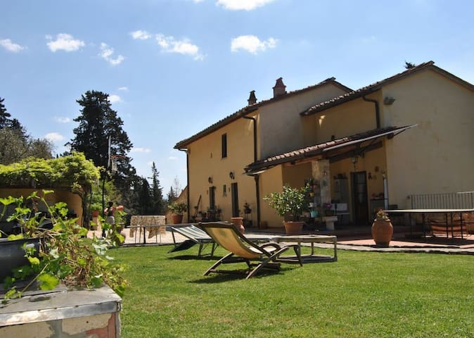PODERE GATTAIUZZA,lovely farmhouse next to Firenze