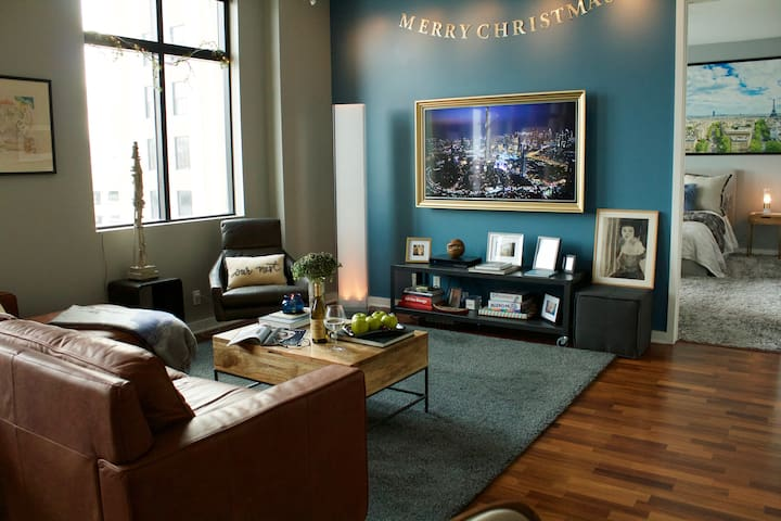 Luxury Hotel Condo In The Heart Of Beautiful Downtown Des Moines