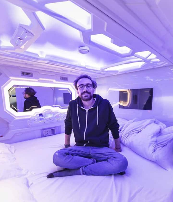 Double Bed Dorm: Privacy and Comfort in a Pod