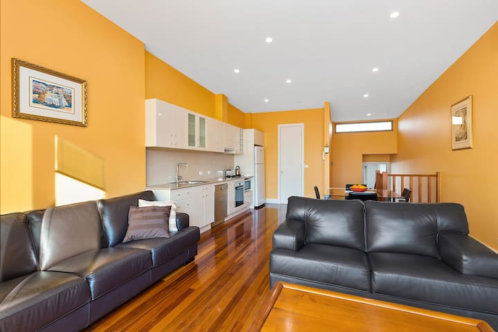 3 Bedroom Apartment in Centre of Balwyn