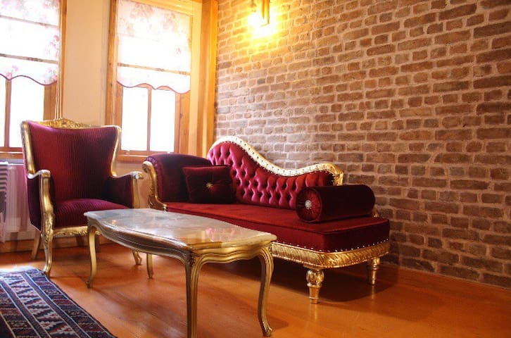 Authentic Turkish Home (1+1 Duplex)