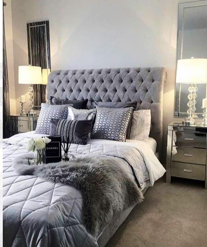 Downtown Austin Glam Pad-2 mins to West 6th Street