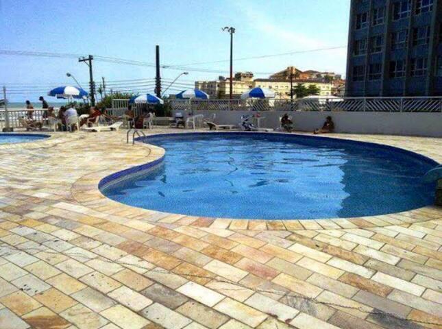 Apartamento em frente à praianbbb