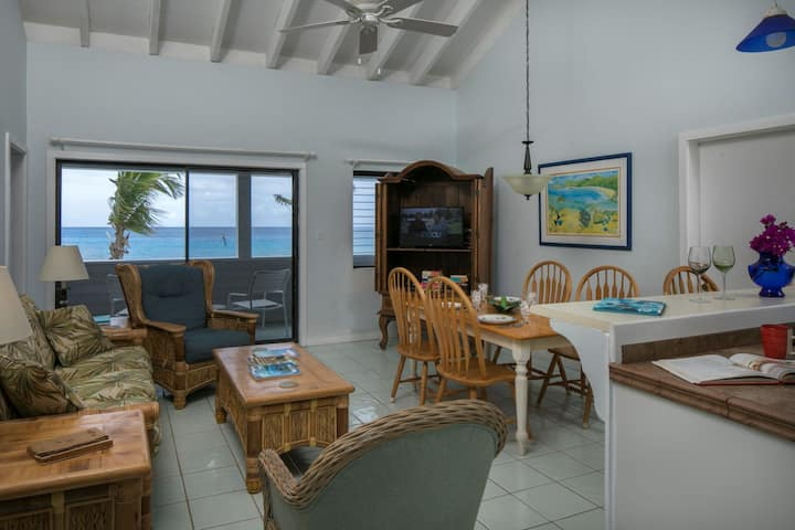 Coconut Coast Villas - Bird of Paradise Waterfront Two Bedroom Suite