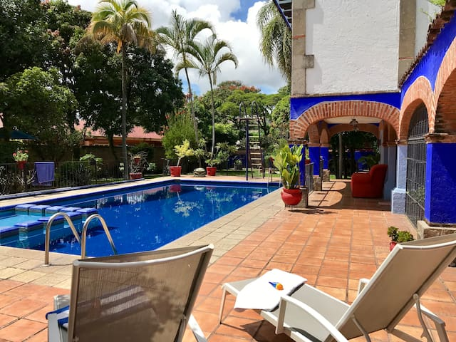 Agradable casa de invitados en Lomas de Cuernavaca