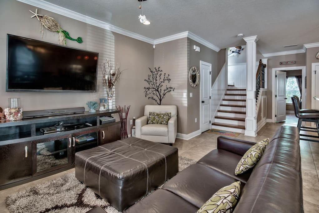 Another view of beautiful Living Room