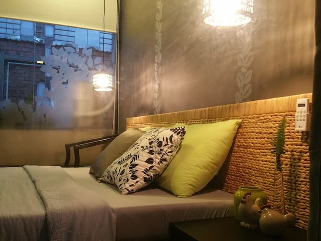 Stylish Couple Room #302 in Bookstore ★City Center