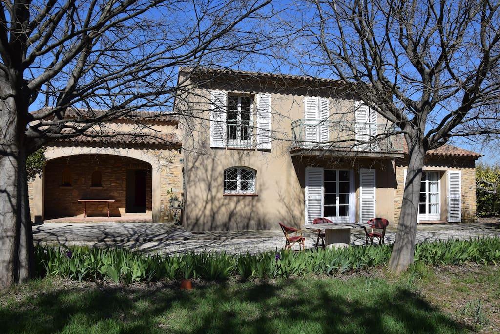 Jolie maison de type Provençal.